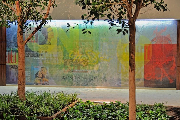 Fresque Cine Del Duca - 8-12 sur Parc