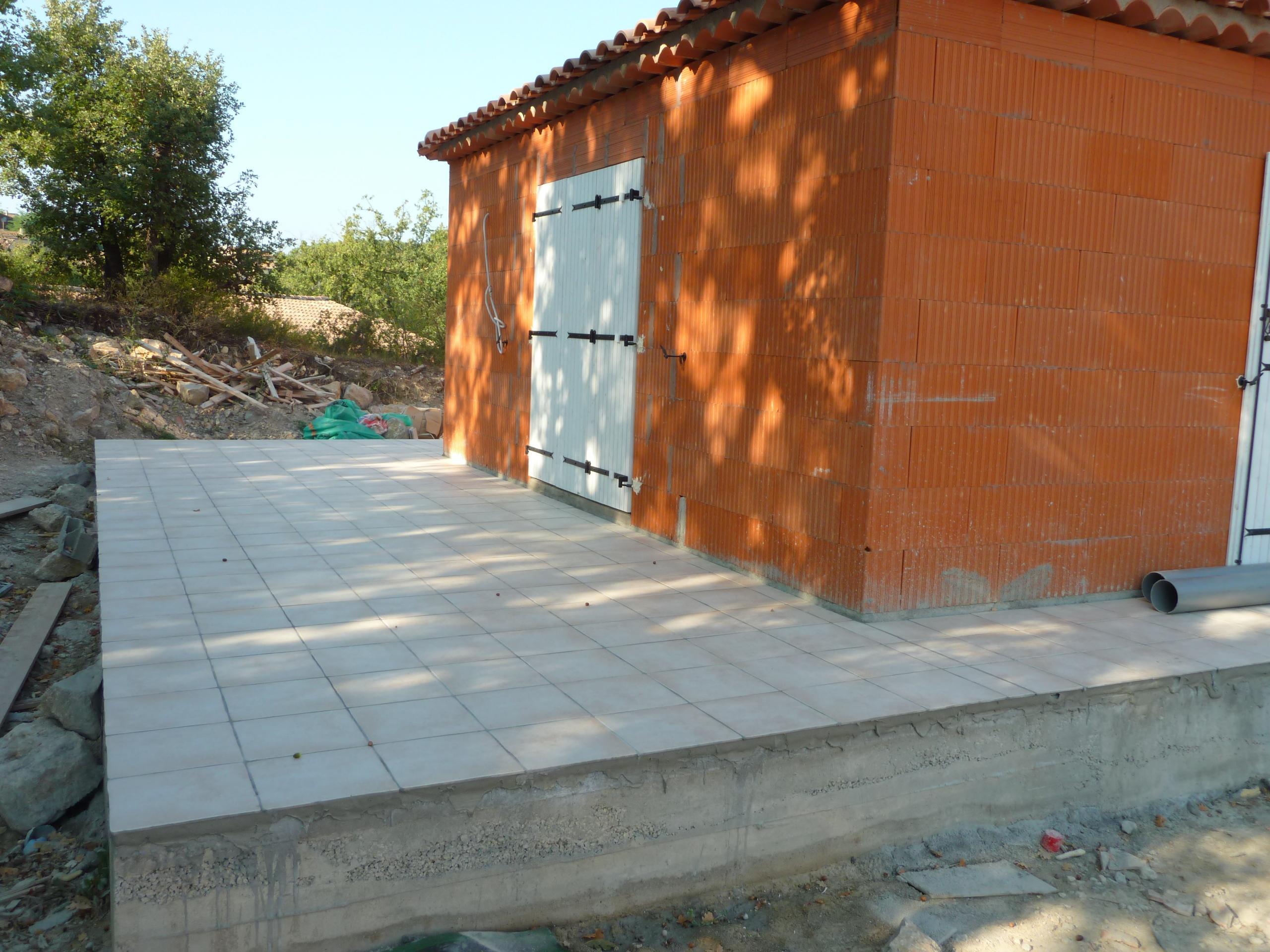 Fabrique de carrelage au portugal quimper amiens rouen travaux renovati - Refaire joint carrelage terrasse ...