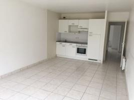Location appartement 3 p. 63 m²