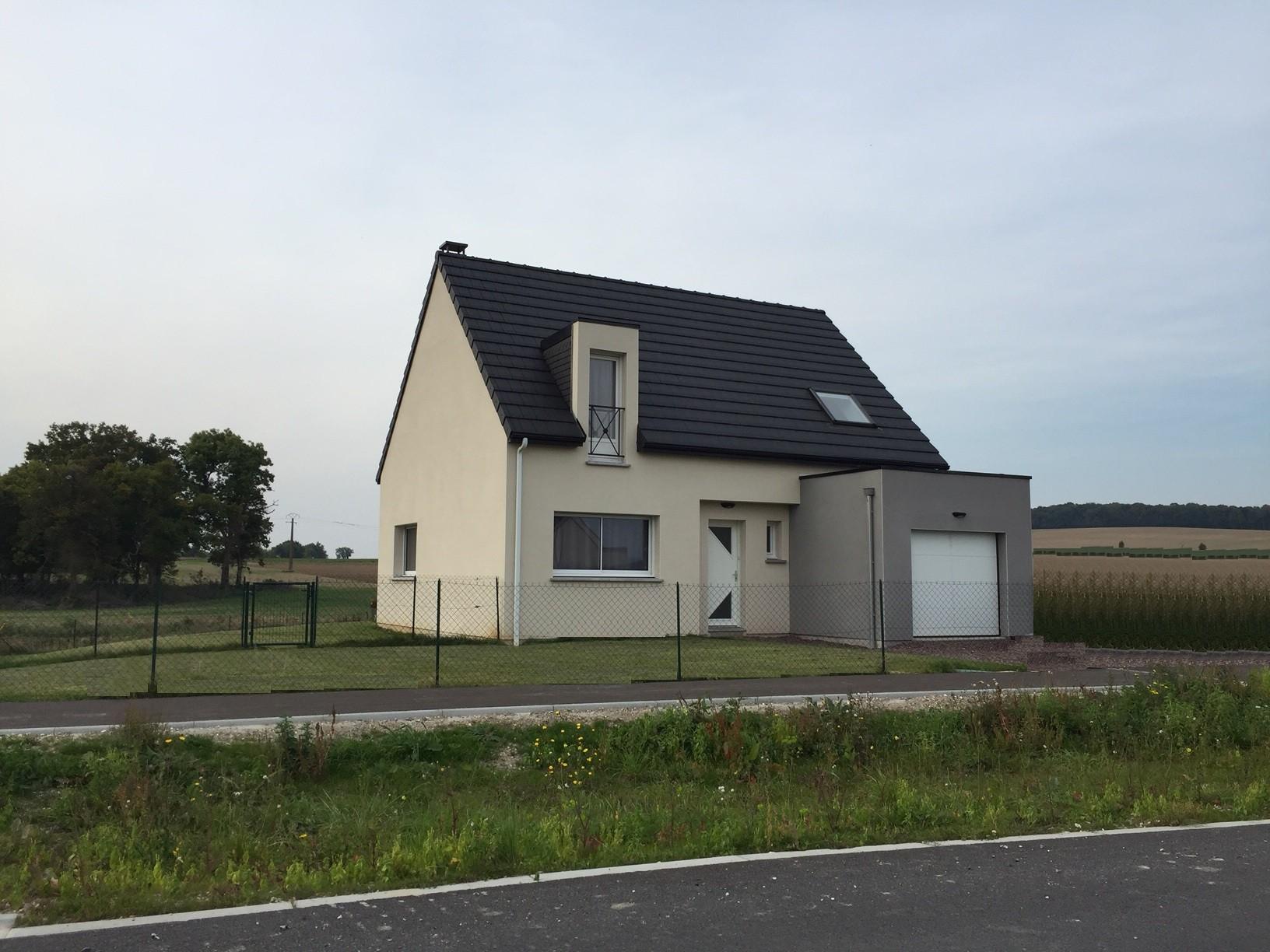 Construction d'une maison à Raillencourt-Sainte-Olle 59554 pour 196 100 €