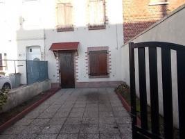 Location maison 4 p. 71 m²