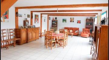 Vente maison 7 p. 270 m²