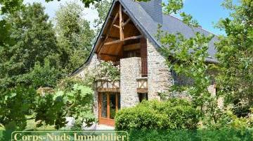 Vente maison 12 p. 325 m²