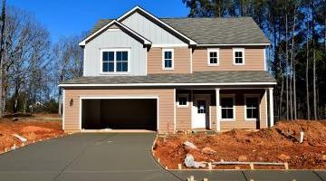 Servitude, droit de passage, voisins et terrains enclavés : l'accès à votre maison
