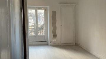 Location studio 32 m²