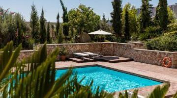 Un coin piscine idyllique avec votre maison neuve