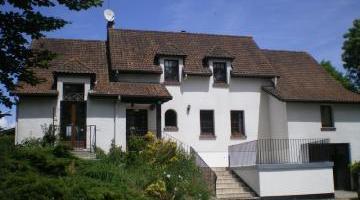 Vente maison 8 p. 251 m²