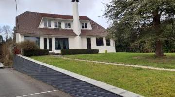 Vente maison 7 p. 240 m²