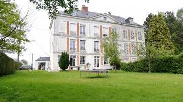 Vente maison 6 p. 270 m²