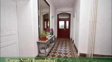 Vente maison 8 p. 235 m²