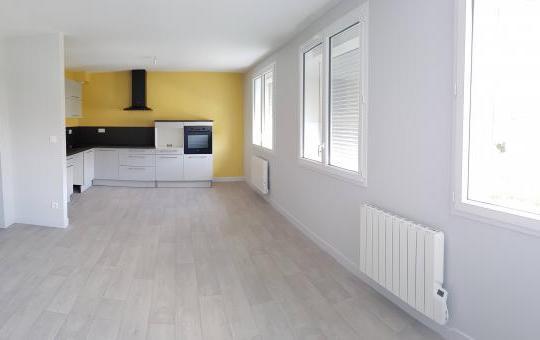 Création et aménagement d'un cabinet infirmier et d'un appartement au Mans (72000)