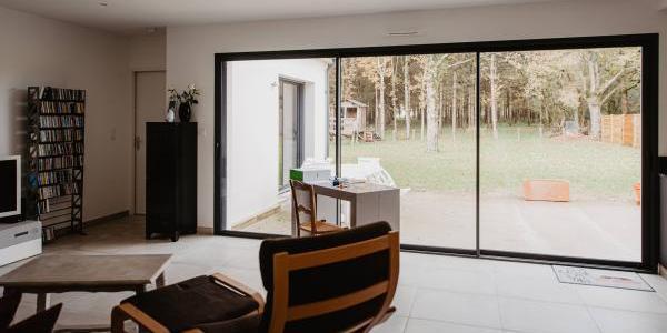 Maison neuve : choisir vos fenêtres et volets | Tradilignes